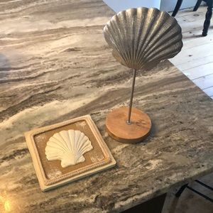 Sea shell picture and house decor.